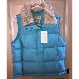 LL Bean Down Vest With Detachable Faux Fur Collar